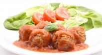 Bouletten in Tomatensaus